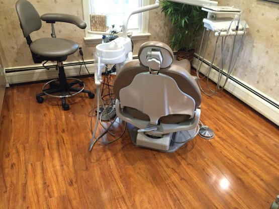 Dental Practice Flooring Installation Dentist img4 555x416